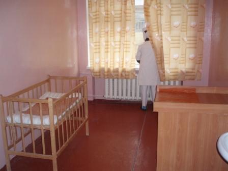 LIKAR.INFUND - помощь брошенным детям в Луганской больнице